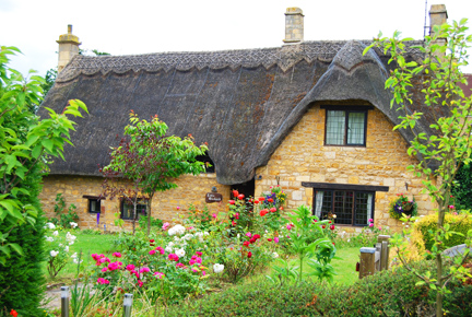 Thatchedcottage2