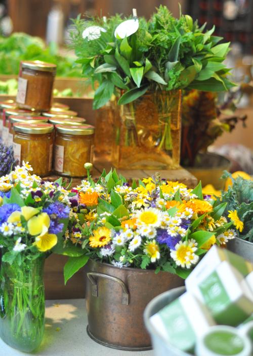 Jamandflowerssmall