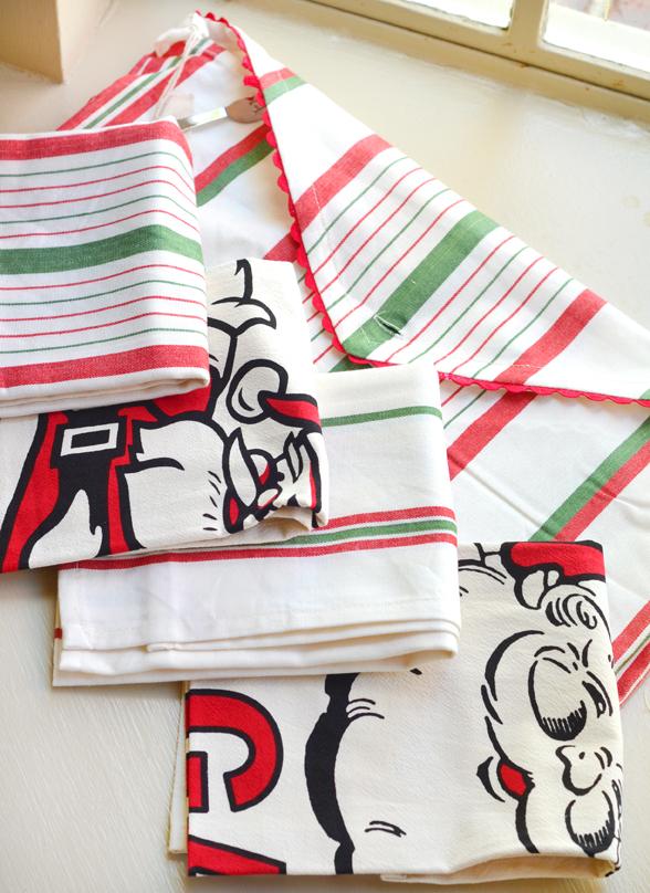 Santa towels 4