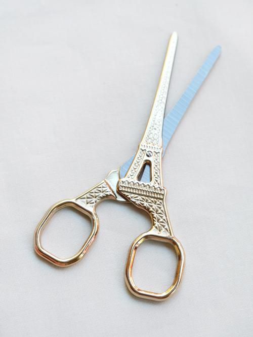 Eiffelscissorgold